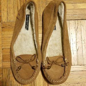 American Eagls Moccasins Size 8 1/2